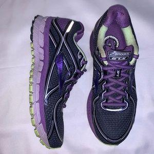 Brooks GTS 16 Running Sneakers